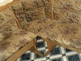 Обеденная зона угловой диван стол и 2 мягких стула